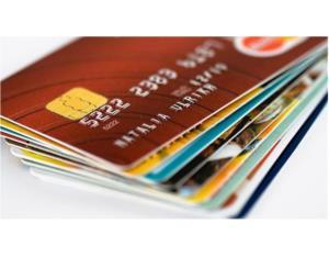Thực hiện 100% các giao dịch tài chính cho sinh viên qua thẻ ngân hàng từ học kỳ 1 - năm học 2018 - 2019